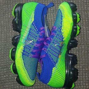 New Womens Nike vapormax Flyknit Doernbecher